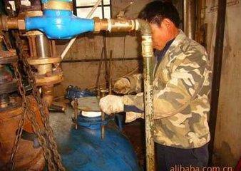 镇江企业化工设备维修价格