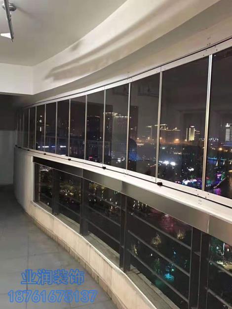 玻璃幕墙多少钱