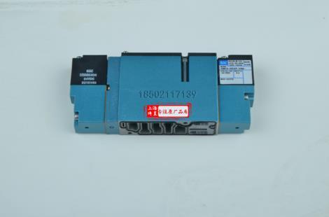 震立堆积机双控电磁阀